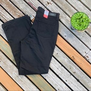 Levi's Totally Shaping Bootcut Black Stretch 16
